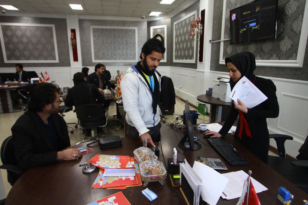 دفاتر خدمات سهامداری پدیده در مشهد آماده ارائه خدمت به سهامداران گرامی می باشد