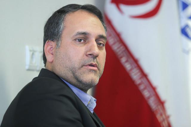 نماینده تربت حیدریه: مصوبه ٣٠ مرداد باید اجرایی شود / نگاه دولت به پدیده ملی نیست